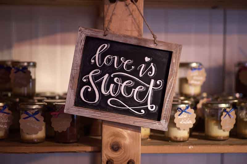 Kreidetafel love is sweet